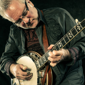 Glen Duncan with Banjo HD Photo